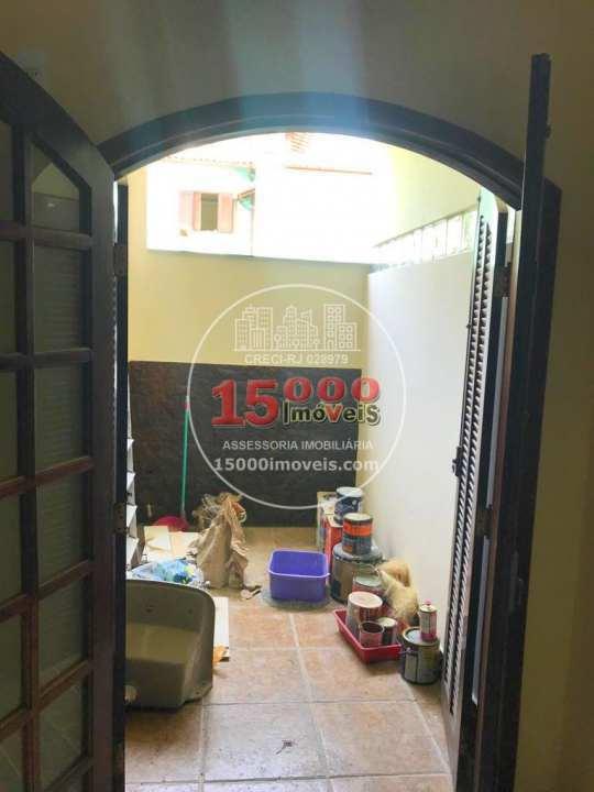 Casa tipo sobrado 2 quartos no Cond. Vila Real - Recreio dos Bandeirantes (15000-050) - 15000-050 - 19