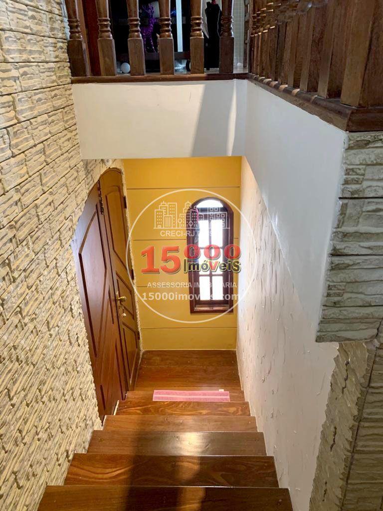 Escadas (1) - Casa tipo sobrado 2 suítes no Cond. Vila Real - Recreio dos Bandeirantes (15000-112) - 15000-112 - 3
